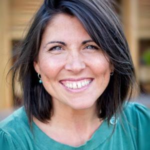 Julie-Ann Dean Voice recording Voiceover Studio Finder