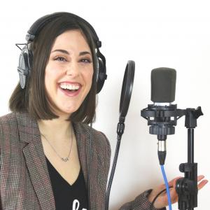 Stephanie Matard Voice Over Studio - Home Studio in France