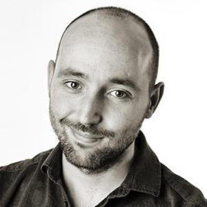 Borja Abad Locutor y Actor de Voz - Home Studio in Spain