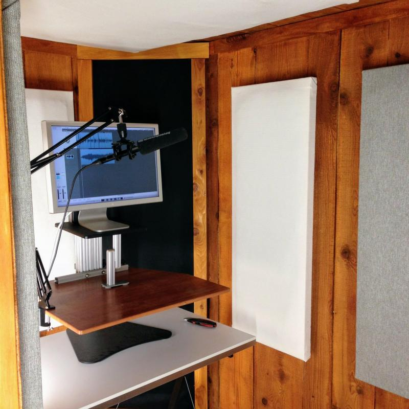 Dave Pettitt Voice Overs - Home Studio in Canada