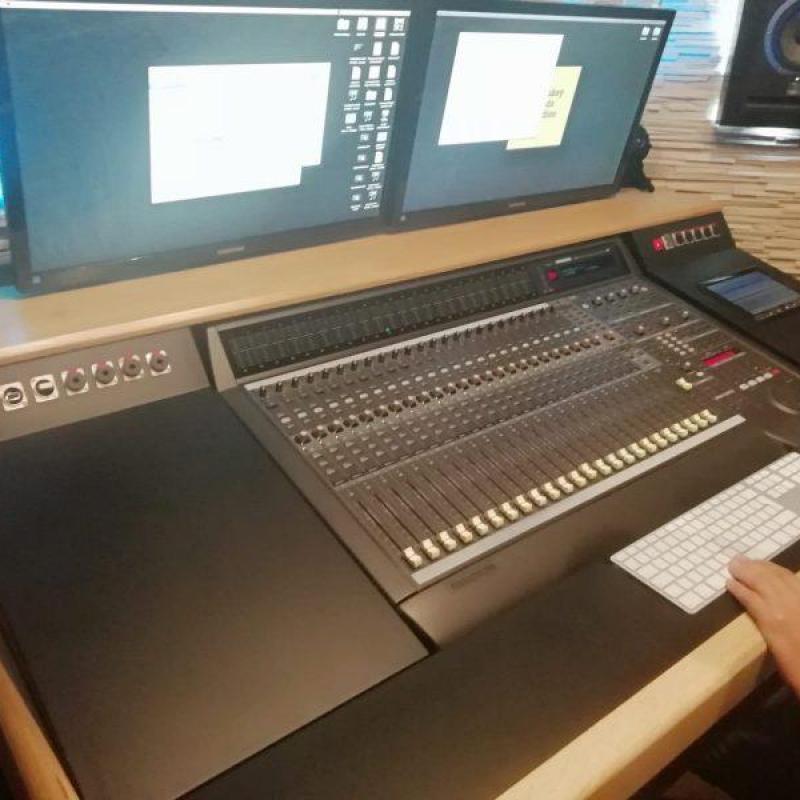 Monkey Hands - Production Studio in Spain