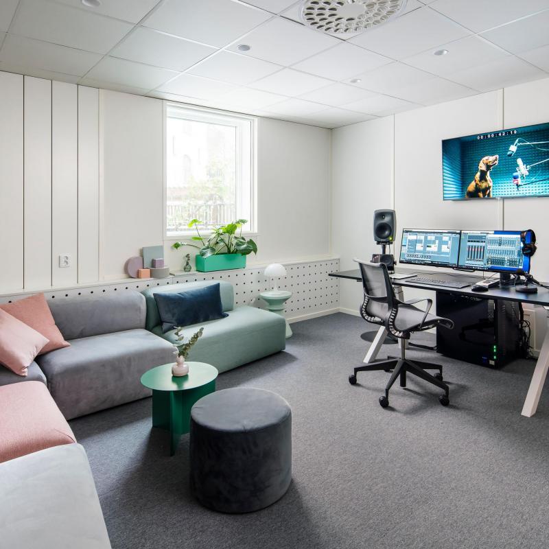 Online Voices Stockholm - Production Studio in Sweden
