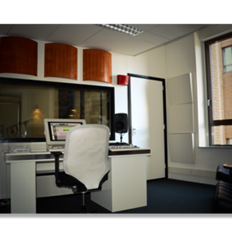 Voicebooking.com's Voiceover Studio - Production Studio in Netherlands
