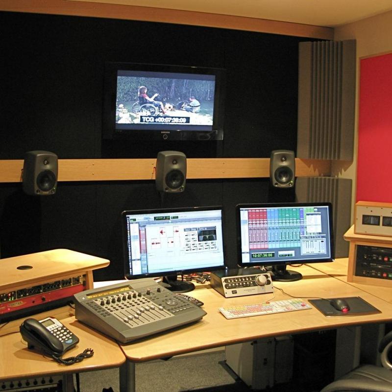 Robin Hollings (Ruislip, UK) - Home Studio in United Kingdom
