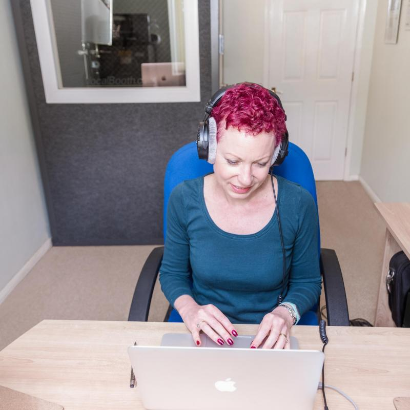 Liz Drury Voiceovers Voiceover Studio Finder