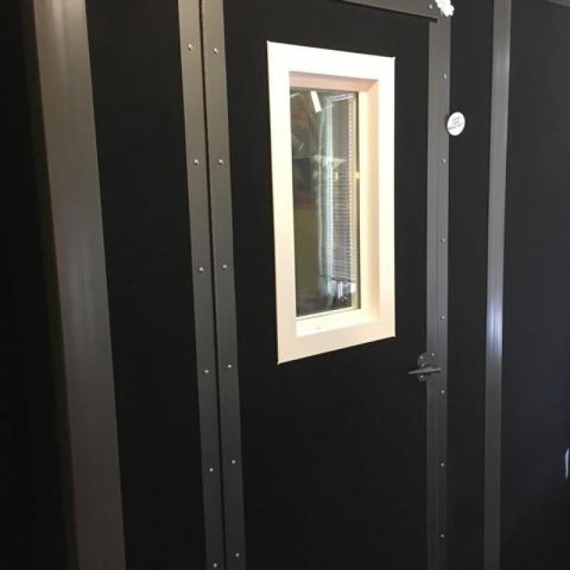 Dustin Ebaugh's Studio Voiceover Studio Finder