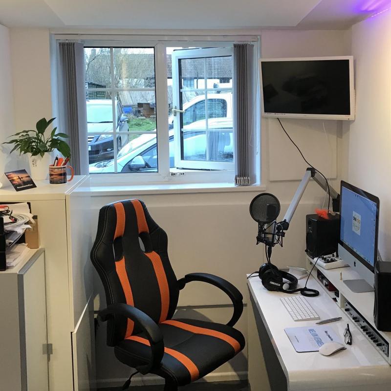 Melvin Vermeer Voiceover Studio Finder