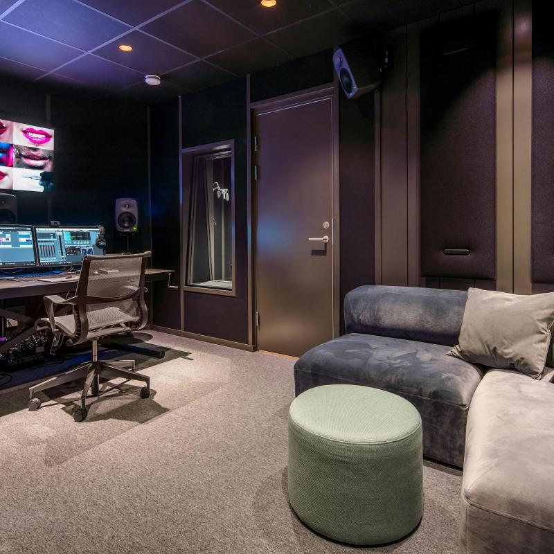 Online Voices Stockholm Voiceover Studio Finder