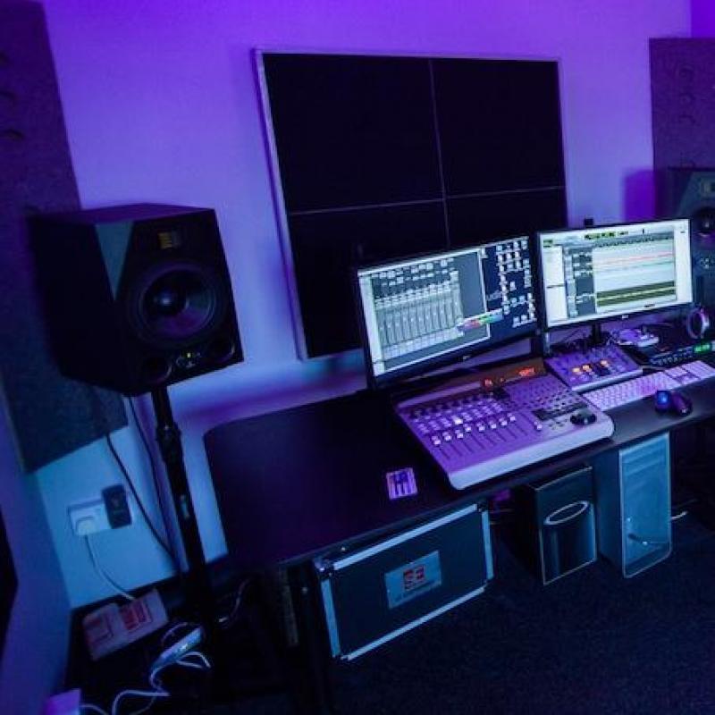 Oscillaterecordings Voiceover Studio Finder