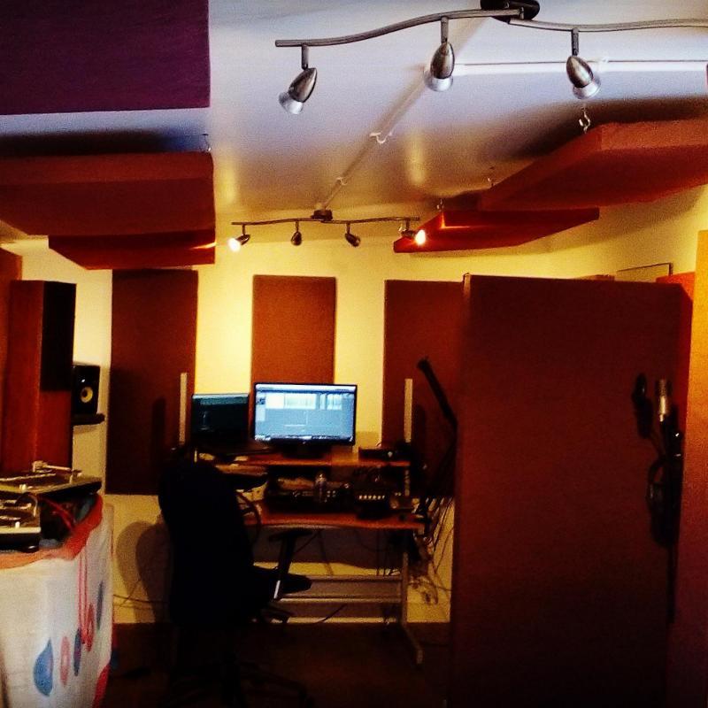 El Studio Voiceover Studio Finder