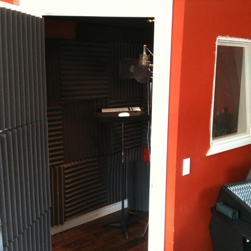 Studio Charleswood Voiceover Studio Finder