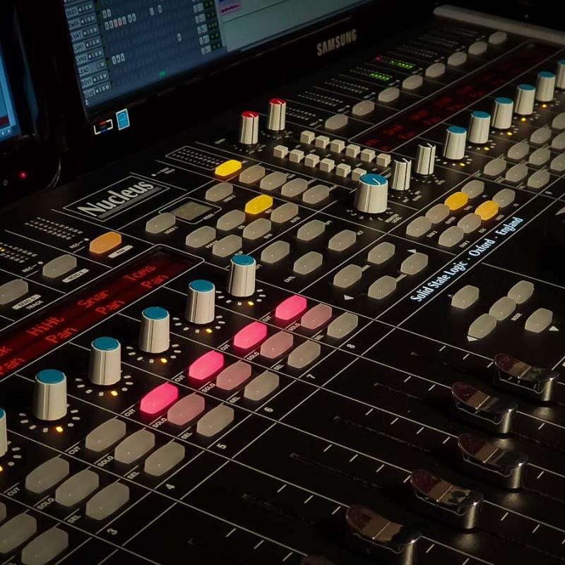 Velvet Estudio Voiceover Studio Finder